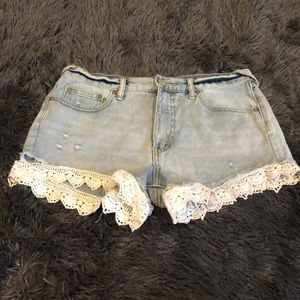 Free people size 27 shorts with lace